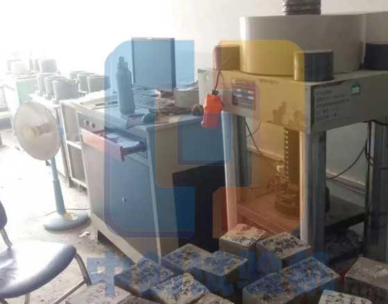 100T电液伺服压力试验机